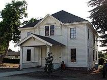 Meek Mansion Carriage House, 240 Hampton Rd., Hayward, CA 8-17-2008 5-29-34 PM.JPG