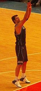 Mehmet Okur Turkish basketball player