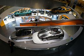 Mercedes-Benz Museum interior-2 2013 March.jpg