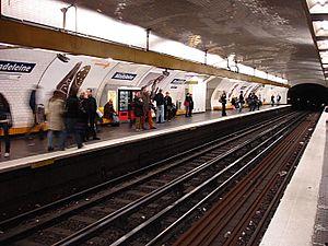 Madeleine (Paris Métro) - Image: Metro Paris Ligne 8 station Madeleine 01