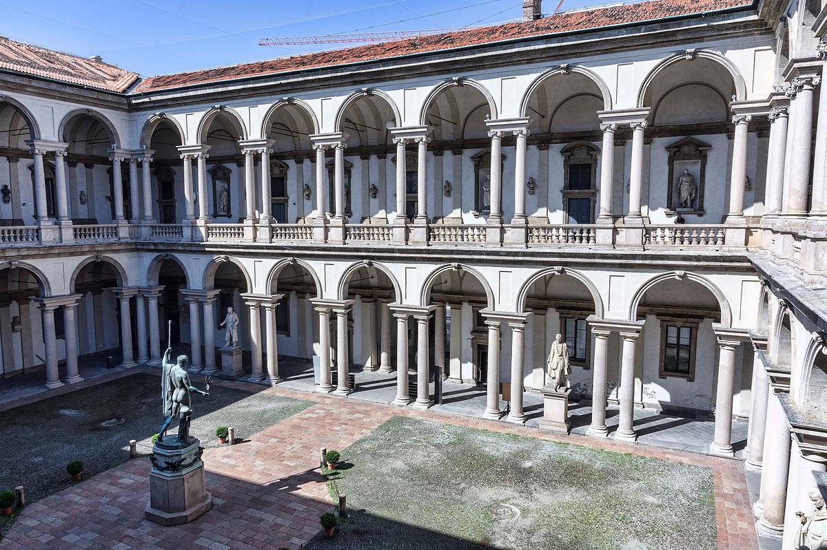 Cortile d 39 onore del palazzo di brera wikipedia for Accademia di milano