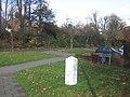 Milestone, Tubbenden Lane - geograph.org.uk - 1120935.jpg