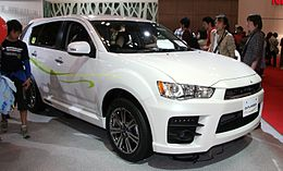 Mitsubishi Outlander Roadest.jpg