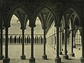 Mont Saint Michel. Cloister (3486809832).jpg