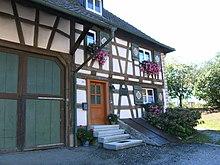 Moos (am Bodensee), Ortsteil Moos-Iznang, Höristraße 10: Geburtshaus von Franz Anton Mesmer (jetzt Privathaus) (Quelle: Wikimedia)