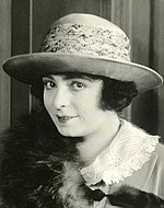 Mrs Reid Wallace, film actress (SAYRE 8587) (cropped).jpg
