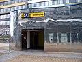 Náměstí Junkových, výtah do stanice metra.jpg