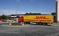 Næringstransport ved jernbanestasjonen (3677658247).jpg
