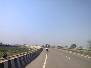 Basti district - NH 28 passing near Basti facilitates inter district road transport