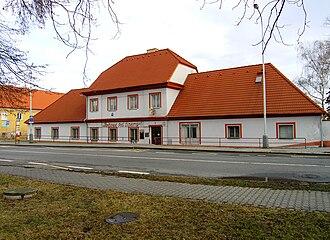 Březiněves - Historical pub building in Březiněves