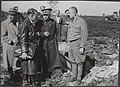 Nabij het voormalige concentratiekamp te Amersfoort werd een massagraf ontdekt v, Bestanddeelnr 512 022.jpg