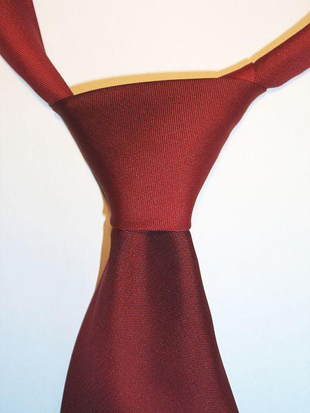 ���necktie halfwindsor knotjpg