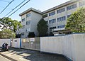 Neyagawa City Kusune elementary school.jpg