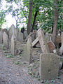 Old Jewish Cemetery, Prague 031.jpg
