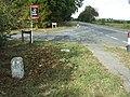 Old Milepost - geograph.org.uk - 1536933.jpg