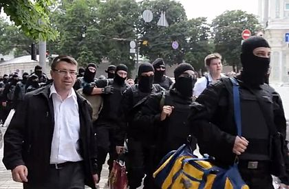 Azov Battalion volunteers in Kiev, June 2014 Oleh Odnoroshenko with <<Azov>> volunteers.jpg