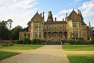 Orchardleigh Estate - Image: Orchardleigh in Sun 5018505075