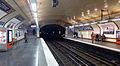 P1160058 Paris VII ligne 12 station Solférino rwk.jpg