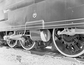 Pennsylvania Railroad class S1 - Detail view of the driving wheels and cylinders; note the rollers upon which the wheels rested while on display
