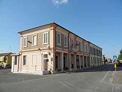 Palazzina municipale (Pincara).jpg