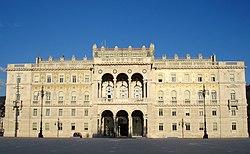 Il palazzo della Luogotenenza, l'attuale prefettura