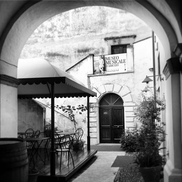 File palazzo corvo interni ortona corso for Corso arredatore interni