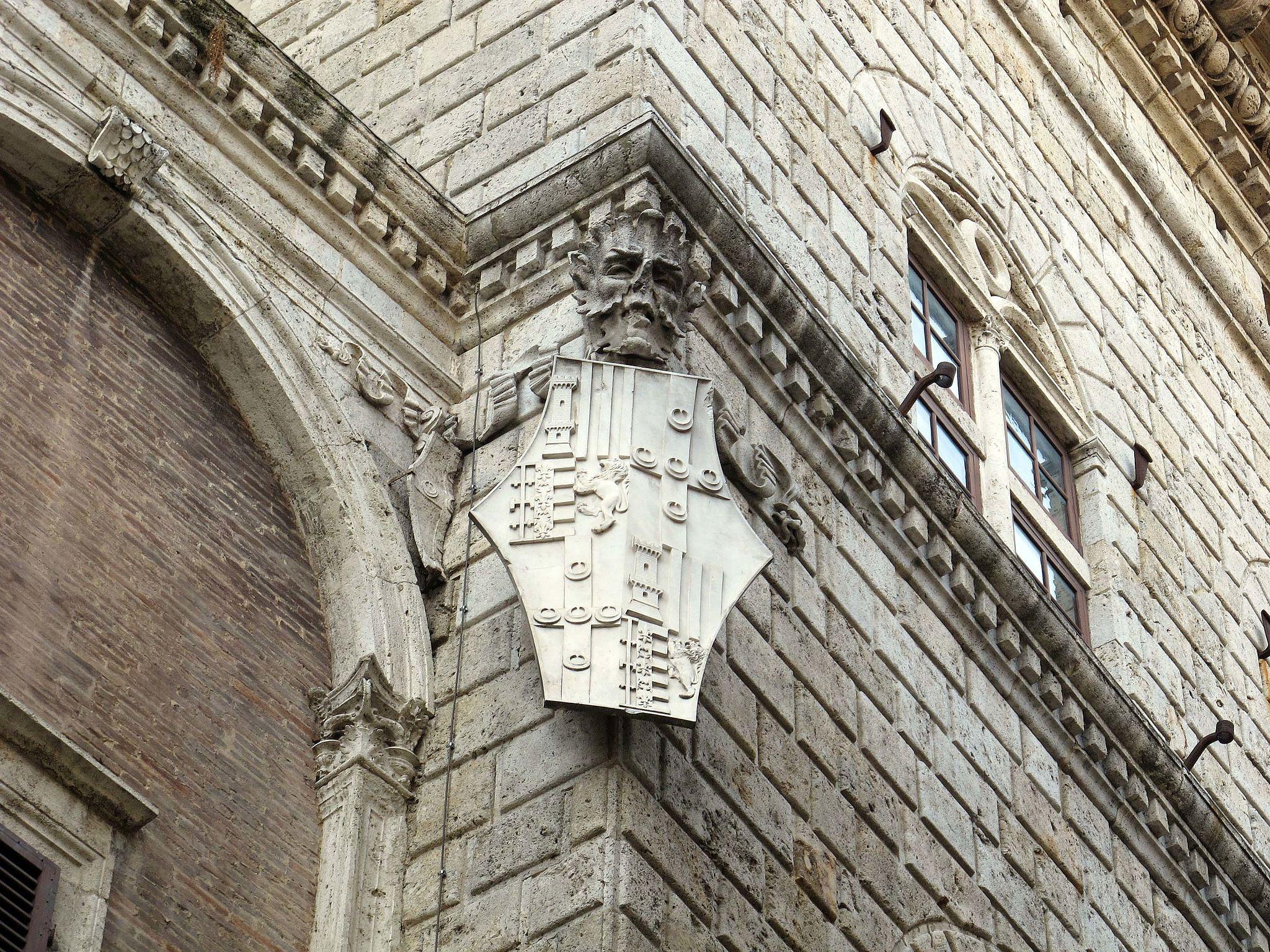 Palazzo piccolomini, siena, 02 stemma piccolomini