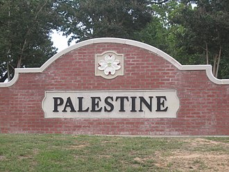 Palestine, Texas - Palestine welcome sign off U.S. Route 79