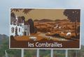 Panneau d'indication autoroutier sur l'entrée dans le pays des Combrailles.png