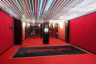 Paradis Latin - Image: Paradis Latin, Paris 23 September 2016