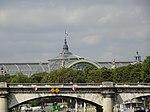 Paris le Grand-Palais au Pont de la Concorde.jpg