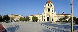 Pasadena City Hall - Image: Pasadena City Hall Panorama 2012 11 02