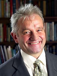 Paul Nurse portrait.jpg
