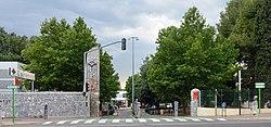 Perpignan Campus Université entrée 2014.jpg