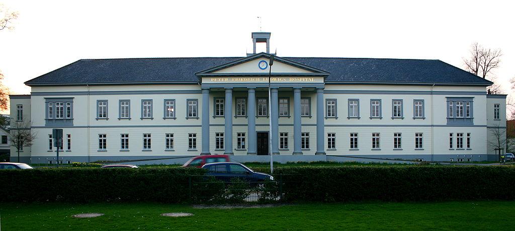 Die Geschichte des Krankenhauses  1024px-Peter_Friedrich_Ludwig_Hospital_Oldenburg