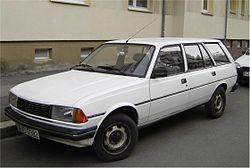 Peugeot 305 - Wikipedia