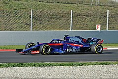 Pierre Gasly-Test Days 2018 Circuit Barcelona (2).jpg