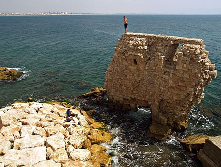 Remains of the Crusader-period Pisan Harbour Pisan Harbor, Acre (3308781836).jpg