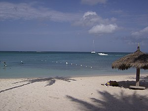 This is a beautiful Aruban beach. Español: Est...