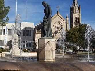 Lobos - Image: Plaza 1810 en Lobos, Argentina