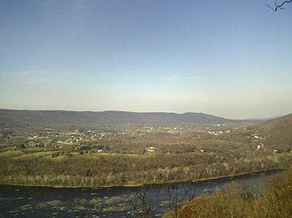 Elk Ridge (Maryland) - Elk Ridge as seen from across the Potomac River atop Short Hill Mountain