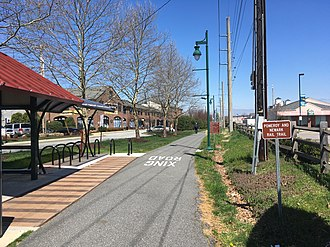 Pomeroy and Newark Railroad - The Pomeroy and Newark Rail Trail north of East Main Street in Newark
