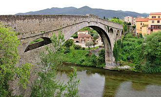 Arch bridge - Devil's bridge, Céret, France (1341)