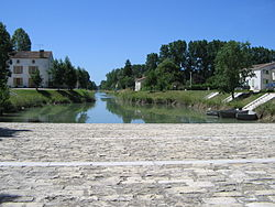 Port courdault 85.JPG