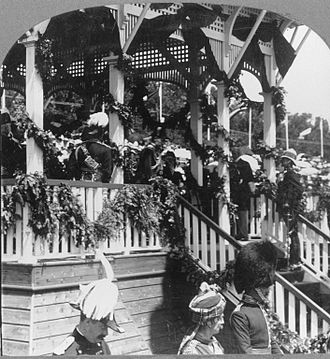 Albert Grey, 4th Earl Grey - Grey with Prince George, Prince of Wales, at the celebrations of the tercentenary of Quebec in Quebec City, 24 July 1908