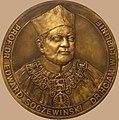 Profesor Edward Soczewiński Awers medalu proj. Zbigniew Kotyłło.jpg