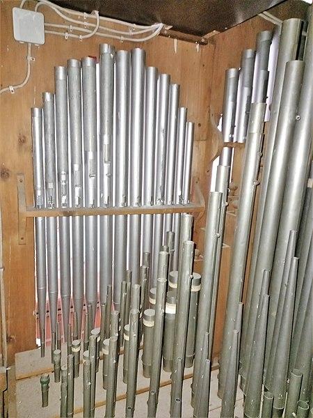 Datei:Putzbrunn, Alt St. Stephan (Schuster-Orgel) (11).jpg