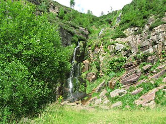 Crompton Moor - Image: Quarry Waterfall