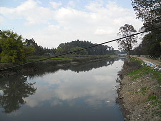 Bogotá River - Image: Río Bogotá a su paso por Engativá