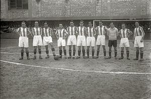 Real Sociedad - Real Sociedad squad in the 1930–31 League Season: Ilundain, Izaguirre, C. Bienzobas, Arana, Garmendia, Ayestarán, Amadeo, Marculeta, P. Bienzobas, Mariscal and Cholin